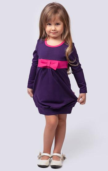 efc6303687e Όταν επιλέγετε ένα φόρεμα για ένα παιδί, πρέπει να δώσετε περισσότερη  προσοχή στην ...